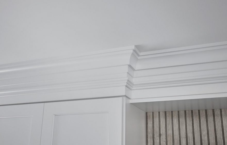 Stepped Crown Molding With Base Hutch