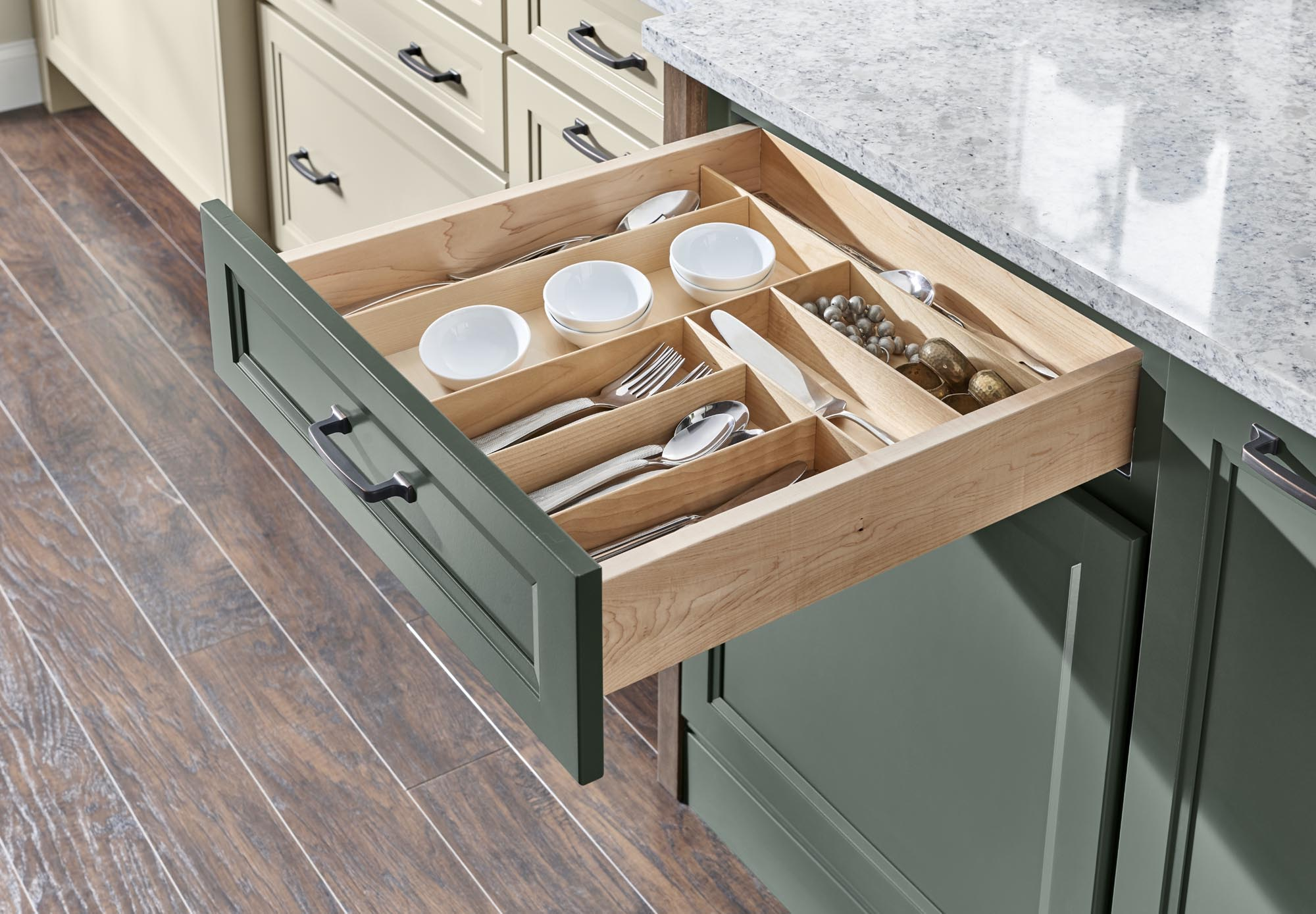 Drawer Organizer with Cutlery Divider Insert